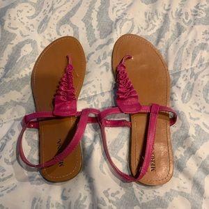 Like new pink Merona sandals